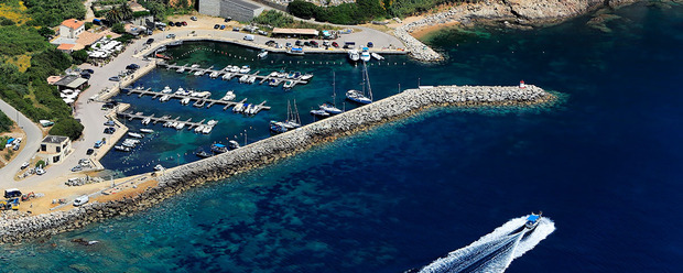 PORTS DE PLAISANCE DE CORSE DU SUD Port de plaisance de Girolata / Ghjirulatu