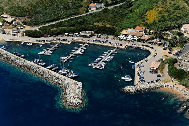 945 Gîtes et Locations de Vacances  Corse Villas